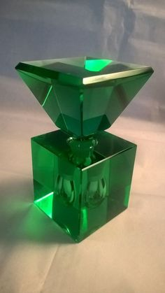 Vintage Cut Crystal Perfume Bottle Art Deco Rare Emerald Green Color #Unknown