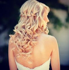 17 Wedding Hairstyles You'll Want to Pin to Your Pinterest Wedding Board