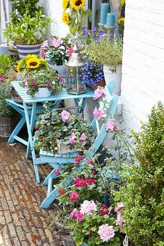 inspiring garden transformation ideas painted garden furnitureplanting