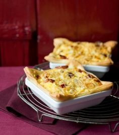 hartige taart met knolselderij, ui en kaas
