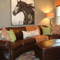 Brown Sofa - Design photos, ideas and inspiration. Amazing gallery of interior design and decorating ideas of Brown Sofa in bedrooms, living rooms, decks/patios by elite interior designers. Brown Leather Sofa, Grey And Brown Living Room, Couch Design, Brown Living Room Decor, Family Room, Brown Leather Couch, Curved Sofa, Sofa Design, Traditional Living Room