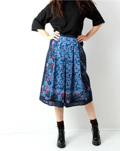 Vintage Wool Floral Skirt / Blue / Rose Print Skirt / Granny