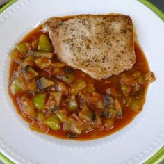 Pork Dishes, Portobello, Meat Recipes, Thai Red Curry, Bacon, Ethnic Recipes, Food, Hungarian Recipes, Essen