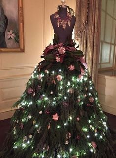Christmas Tree Decorating Idea ~ Lush Foliage On Mannequin