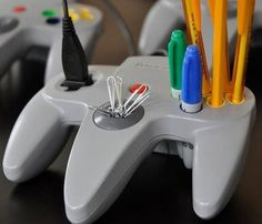 Nintendo 64 Controller Pen Caddy with USB Extension
