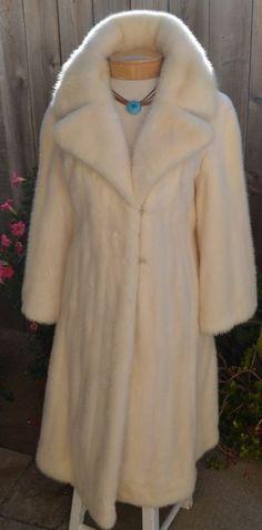 c13294fd3b2b LOVELY REAL MINK FUR WHITE CREAM Barely Worn Full Length Coat норка nerz 貂皮-