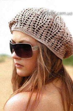 Crochet ideas that you'll love Bonnet Crochet, Crochet Beret, Crochet Hat For Women, Crochet Woman, Cotton Crochet, Knitted Hats, Slouch Hats, Crochet Cushion Cover, Crochet Cushions