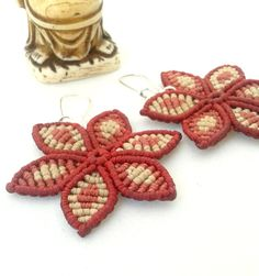Flower handmade macrame earrings by byLaughingBuddha on Etsy.