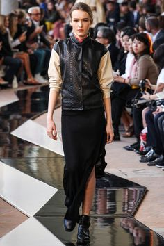 See all the Collection photos from Trussardi Spring/Summer 2014 Ready-To-Wear now on British Vogue Spring 2014, Spring Summer, Summer 2014, Milano Fashion Week, Milan Fashion, Fashion Show, Fashion Tips, Fashion Design, Vogue