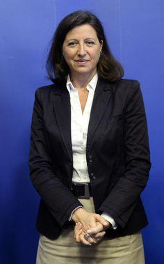 Agnès Buzyn est ministre des solidarités et de la santé Mai, Blazer, Jackets, Women, Down Jackets, Blazers, Jacket, Woman