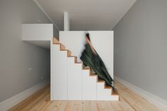 SantaTeresa apartments. http://www.pfarchstudio.com/#/sta-teresa/