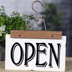 Enamel Reversible Open Closed Hanger Sign - My Garden Decor List Open Close Sign, We Are Open Sign, Open Signs, Closed Signs, Vintage Booth Display, Wooden Wreaths, Sign Fonts, Business Signs, Store Displays