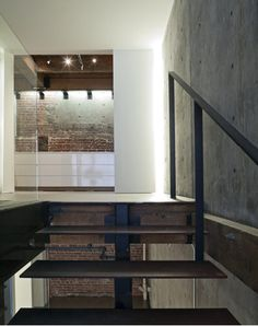 The Oriental Warehouse Loft by Edmunds + Lee I would love to live here! Clean contemporary finishes respectful of the original details of the property