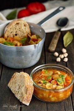 Mi piace e non mi piace: Zuppa di Ceci, Pomodori e Pane