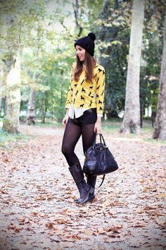 mustard horses and black details with prada motorcycle boots and hot pants  www.ireneccloset.com
