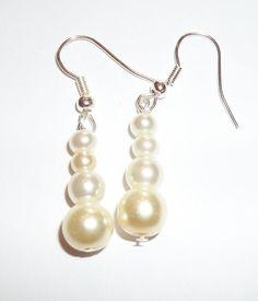 Classic Cream Bridal Glas Pearl Earrings by ElizabettaJewellery