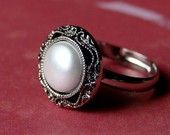 Simple and Chic Pearl in Antiqued Silver Adjustable Ring