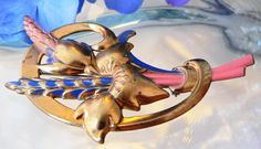 ART DECO BLUE ORANGE ENAMEL BRASS REPOUSSE RAISED DESIGNER? FLORAL FLOWER BROOCH