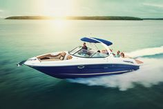 Sea Ray® 300 SLX: Sport Boat #searay #boats #sportboat http://www.searayofsaskatchewan.com/product/300-slx