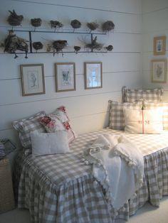 Progetto x il mio prossimo divano 4 assi un materasso matrimoniale e stoffine che piacciono a me