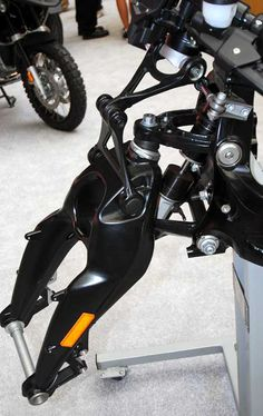 Duolever600 - Motorcycle fork - Wikipedia, the free encyclopedia