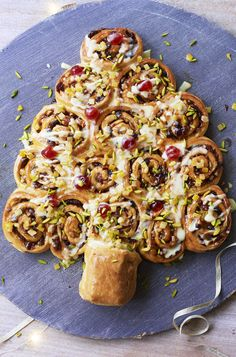 Share the love with GBBO at Christmas with a  tear and share Chelsea bun tree. Of course!
