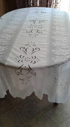 Fine hand made crochet, Cut work embroidery tablecloth, made from French linen and DMC (from France) cotton thread. Excellent for an elegant wedding gift! Dimensions 92 X 72 12 months in the making. Large Tablecloths, Linen Tablecloth, Burlap Table Runners, Lace Table, Cutwork Embroidery, Embroidery Designs, Filet Crochet, Crochet Doilies, Crochet Table Runner Pattern