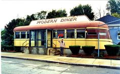 The Modern Diner Vintage Diner, Retro Diner, Retro 2, Great Places, Places To See, Beautiful Places, Diner Recipes, Diner Food, Copycat Recipes