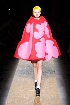 Google Image Result for http://www.kellygreenblog.com/wp-content/uploads/2012/03/comme-des-garcons024.jpg