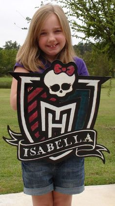 Monster High Name Plaque. (Something Billy can make with posterboard, and back with some heavy cardboard or foam)
