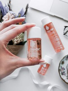 Before you buy Bio-Oil to treat your scars or stretch marks, read this. Before you buy Bio-Oil to treat your scars or stretch marks, read this. Bio Oil Scars, Acne Scars, Bio Oil Before And After, Bio Oil Pregnancy, Bio Oil Uses, Chemical Skin Peel, Bio Oil Stretch Marks, Acne Oil, Bio Oil For Acne