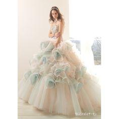 ウェディングワン:【ピンク×グリーン】繊細なレースとフリルで上品で優美な花嫁になれる!