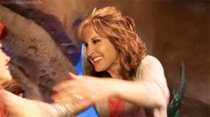 When Ariel hugged Jodi Benson, the voice of movie Ariel. | 25 Times Disney Face Characters Were Completely Adorable