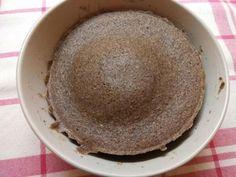 Pohánkový chlebík z mikrovlnky za 2 minúty - Recept Diet Recipes, Serving Bowls, Detox, Tableware, Dinnerware, Tablewares, Skinny Recipes, Dishes, Place Settings