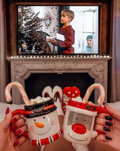 Good morning It's 22 days until Christmas Eve ->-> for the countdown Photo by. - Before After DIY Christmas Feeling, Merry Little Christmas, Noel Christmas, All Things Christmas, Winter Christmas, Home Alone Christmas, Christmas Movies, Christmas Tumblr, Winter Things