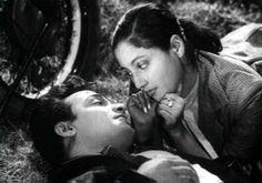 Suchitra Sen's memorable performances (see pics) Suchitra Sen, Bollywood News, How To Memorize Things, Cinema, Journey, Entertaining, Actors, Couple Photos, 3rd Eye
