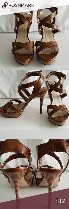 Heel sandals Very high with platform. Brown. Wood grain look heel. Too high for me. box included Diba Shoes Heels