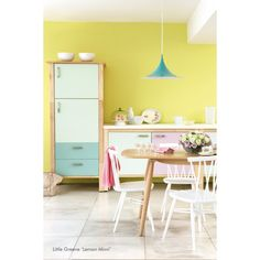 Peinture intérieure Milk Thistle (1970s - peinture Little Greene #paint #kitchen #pink http://www.papierspeintsdirect.com/peinture-satinee-milk-thistle-1970s-par-little-greene.html