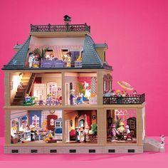 2,469 vind-ik-leuks, 157 reacties - PLAYMOBIL (@playmobil) op Instagram: 'Victorian Dollhouse | #PLAYMOBIL #victorian #dollhouse #80s #90s #1989 #house #villa #mansion…'