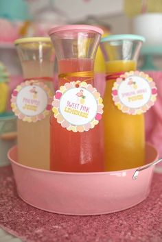 Drink Pitchers From A Flamingo Flamingle Pinele Party Via Kara S Ideas Karaspartyideas