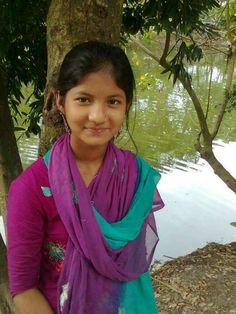 Cute Girl Pic, Cute Girls, Little Girls, Beautiful Girl In India, Beautiful Girl Image, Cute Baby Girl Wallpaper, Wood Bed Design, Dehati Girl Photo, Beauty Full Girl
