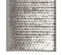 Embalagem térmica com lacre em plástico bolha metalizado para exames → Embalagem para materiais fotossensíveis. Esta embalagem foi desenvolvida pela Publico Alvo Embalagens para o Laboratório de Análises Toxicológicas - LAT da Faculdade de Ciências Farmacêuticas, Universidade de São Paulo - USP, e esta atendendo as exigencias, tanto conservação da temperatura, quanto da inviolabilidade da embalagem.