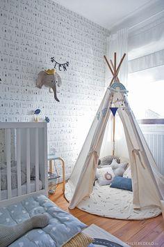 Roomtour: jetzt ist das Babyzimmer endlich ein Jungszimmer • Ich Liebe Deko Diy Tipi, Kids Room, Toddler Bed, Rugs, Furniture, Home Decor, Pillow Fight, Grey Walls, Baby Changing Tables