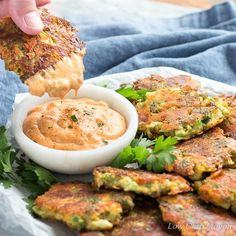 Weight Loss Plans 2 Week Broccoli Fritters With Cheddar Cheese (Easy Low Carb Recipe).Weight Loss Plans 2 Week Broccoli Fritters With Cheddar Cheese (Easy Low Carb Recipe) Keto Side Dishes, Veggie Dishes, Vegetable Recipes, Keto Foods, Keto Snacks, Low Carb Appetizers, Appetizer Recipes, Dinner Recipes, Broccoli Fritters