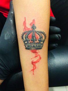 Watercolour tattoo crown