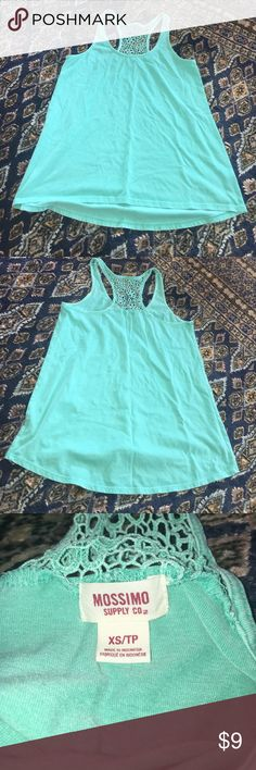 Teal tank Teal tank, worn a few times but no flaws or wear. XS but fits up to a medium! Really comfy. Tops Tank Tops