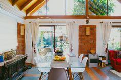 Tom�s y Francisca, arquitecto y empresaria House Tours, Loft, Decor Ideas, Bed, Furniture, Home Decor, Color Mix, Entrepreneur, Live