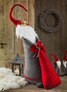 Nisse med sekk, høyde (Santa with Sack)