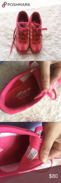 Adidas Samoa shoes These are in greaat condition and soo cute. Price firm Adidas Shoes