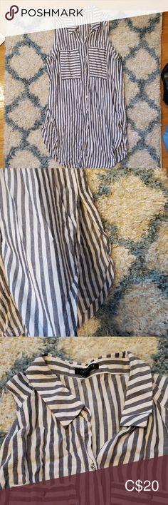 Dynamite sleeveless long blouse Dynamite long sleeveless blouse with side splits. Dynamite Tops Tank Tops